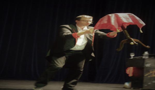 spectacle de noel de magie avec magic pedro 2g pour carrefour market